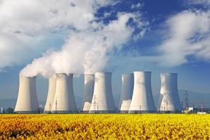 AdobeStock_57871701_Atomkraftwerk