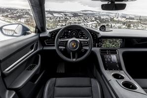 Porsche Taycan News Spotpress 3